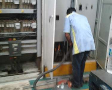Service Panel Capacitor Bank